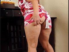 Doamna matura 42,,senzuala ,eleganta,calma si rabdatoare,companie intima analngus activ fantezi